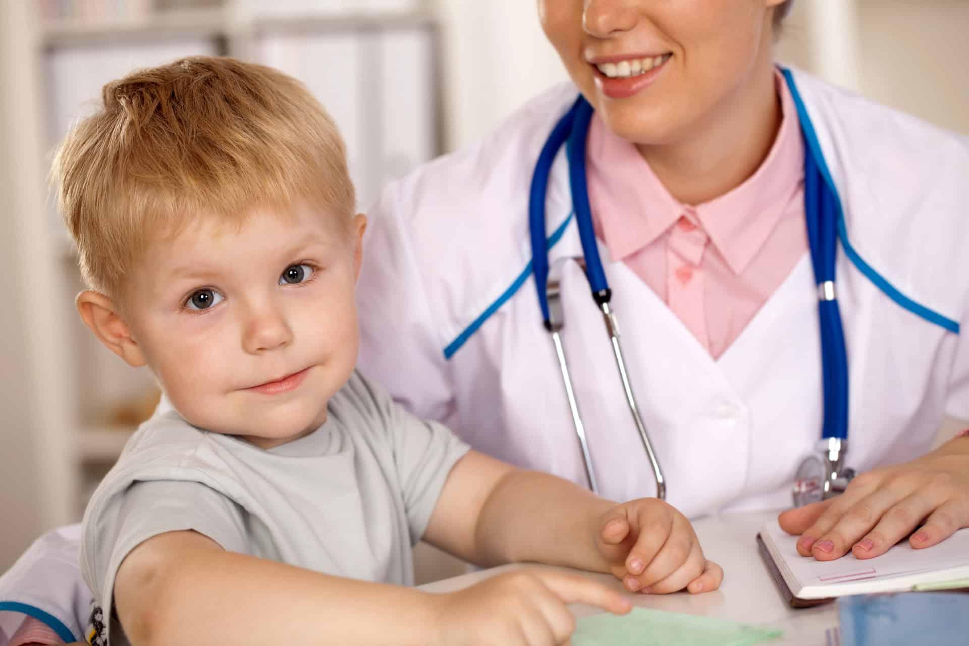 Первая помощь при развитии стеноза гортани у ребенка