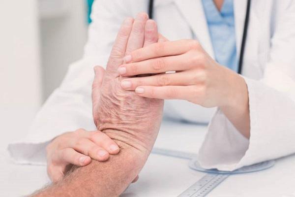 Лечение болезни Альцгеймера новые препараты, народные средства
