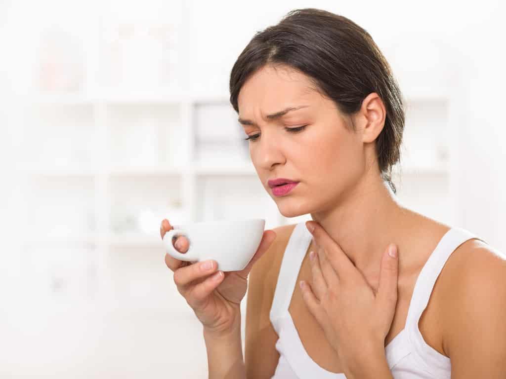 Как быстро избавиться от боли в горле?