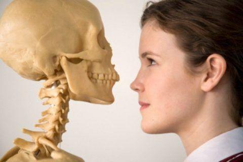 Дети тоже могут столкнуться с остеопорозом
