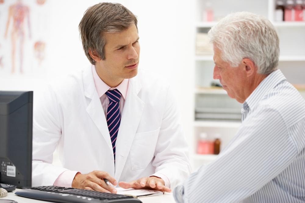 Назначить адекватное лечение может проктолог