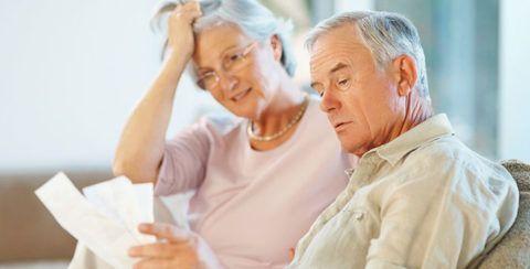 Иногда возрастные изменения в суставных тканях приводят к образованию костных шипов.
