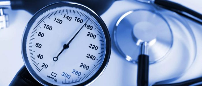 Как понизить или повысить давление при измерении?