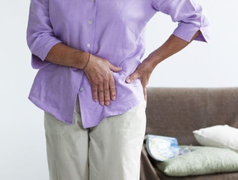 Когда болит тазобедренный сустав, это состояние может быть симптомом множества заболеваний