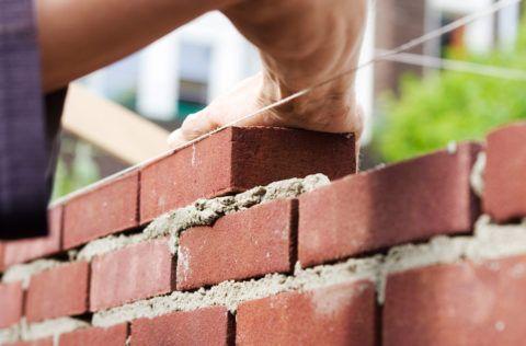 Красная глина способна облегчить состояние больного при артритах и артрозах.