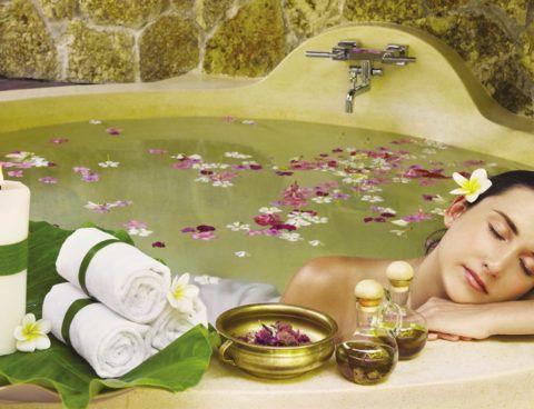 Лечебная ванна на травах – оздоровительный эффект и приятное времяпрепровождение.