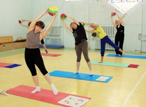 Лечение пациентов с помощью лечебной гимнастики и физкультуры