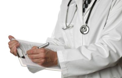 Почему возникают запоры у лежачих больных и что делать для профилактики и лечения недуга?