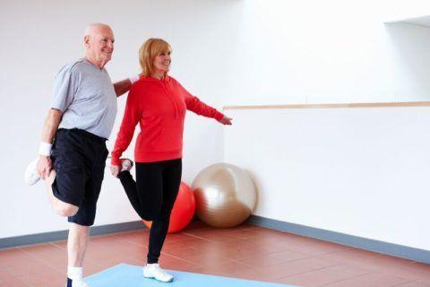 ЛФК при гонартрозе подходит для лечения артритов, бурситов, синовитов