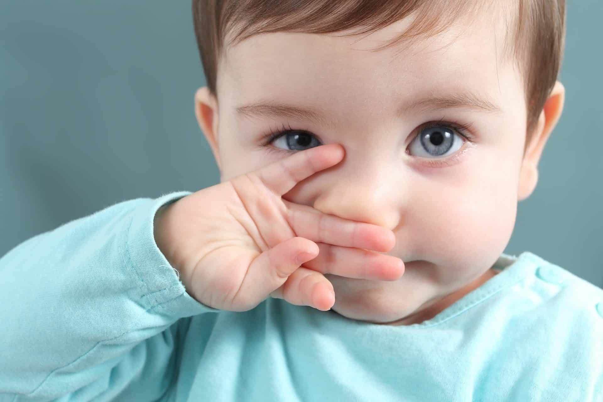Причины и симптомы заложенности носа у ребенка