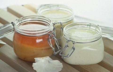 Мази, собственного приготовления, уже давно используют для лечения больных сочленений.
