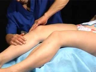 Мышцы и колено здоровой ноги
