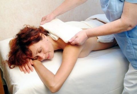 Одно из самых эффективных средство против остеохондроза – лечебные компрессы.