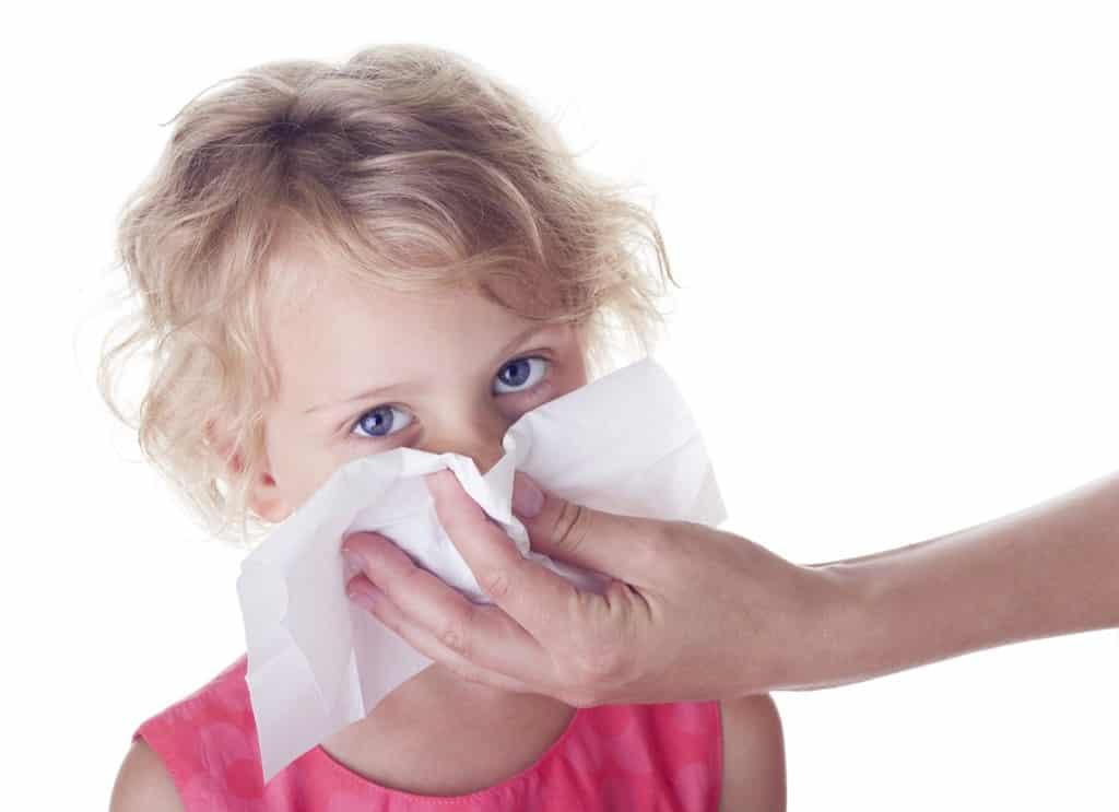 Оранжевые выделения из носа у детей