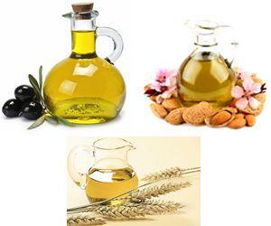 Основой для приготовления массажного масла могут быть оливковое, миндальное или масло зародышей пшеницы.