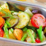 Овощи запекать или тушить