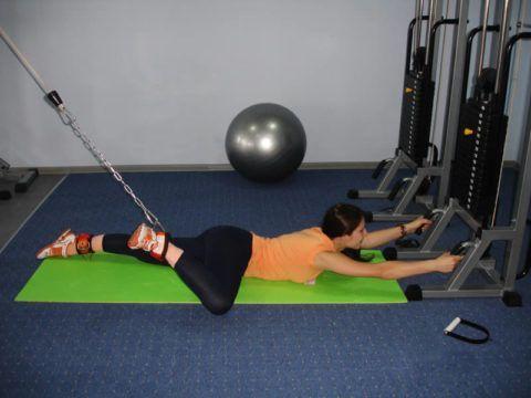 По методике Бубновского большинство упражнений выполняются с помощью спецтренажера.