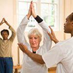 Препарат Чудо Хаш принесет больше пользы для суставов, если сочетать его со специальной гимнастикой.