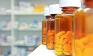 Принимать болеутоляющие препараты