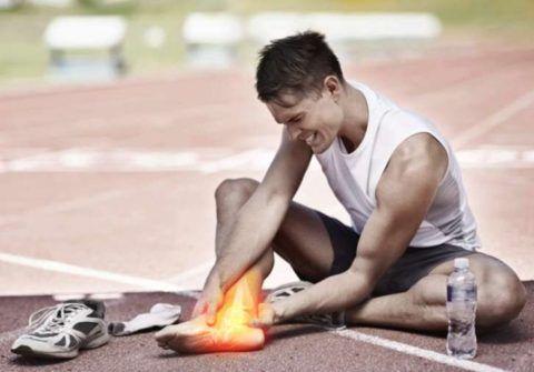 Профессиональный спорт приводит к частым травмам суставных соединений, что непременно скажется в будущем на их состоянии.