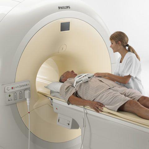 Проведение МРТ плечевых суставов и позвоночника
