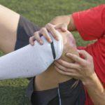 Разрабатывать колени необходимо после травм.