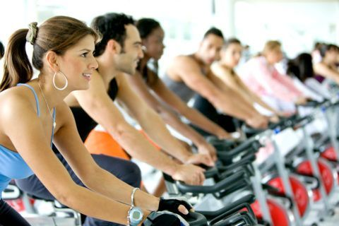 Спортивные упражнения способствуют укреплению мышечного корсета