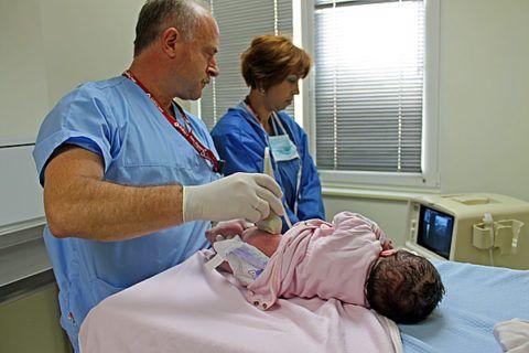 Ультразвуковое исследование врождённой дисплазии тазобедренных суставов у малышей