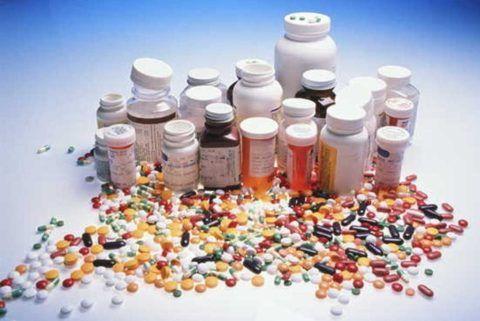 Употреблять следует только те лекарства, которые были предписаны к приему врачом.