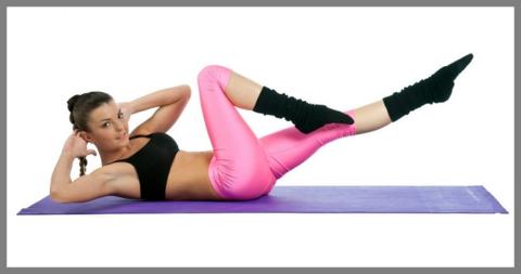 Упражнения для мышц живота одновременно укрепляют и спинной каркас
