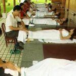 В китайском госпитале для лечения используют многовековую целебную терапию