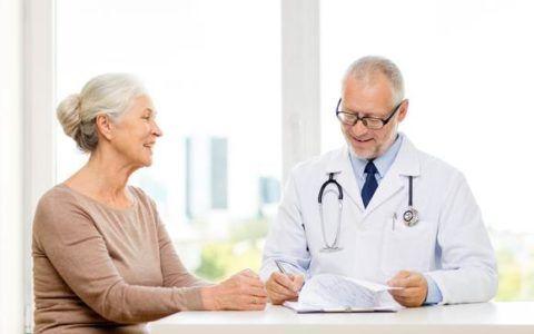 В пожилом возрасте эта болезнь особенно опасна